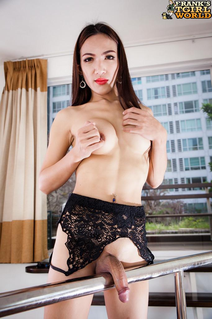 Asian Ladyboy Sandi