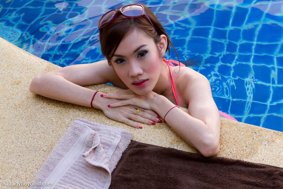 Bangkok Transexual A - A Poolside Princess