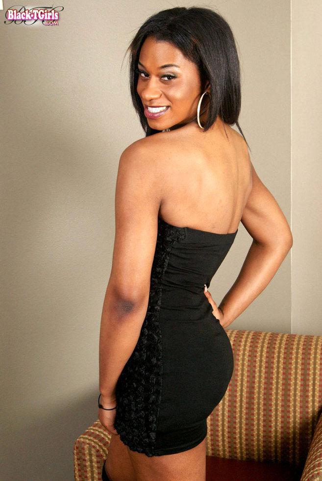 Black T-Girl Devine