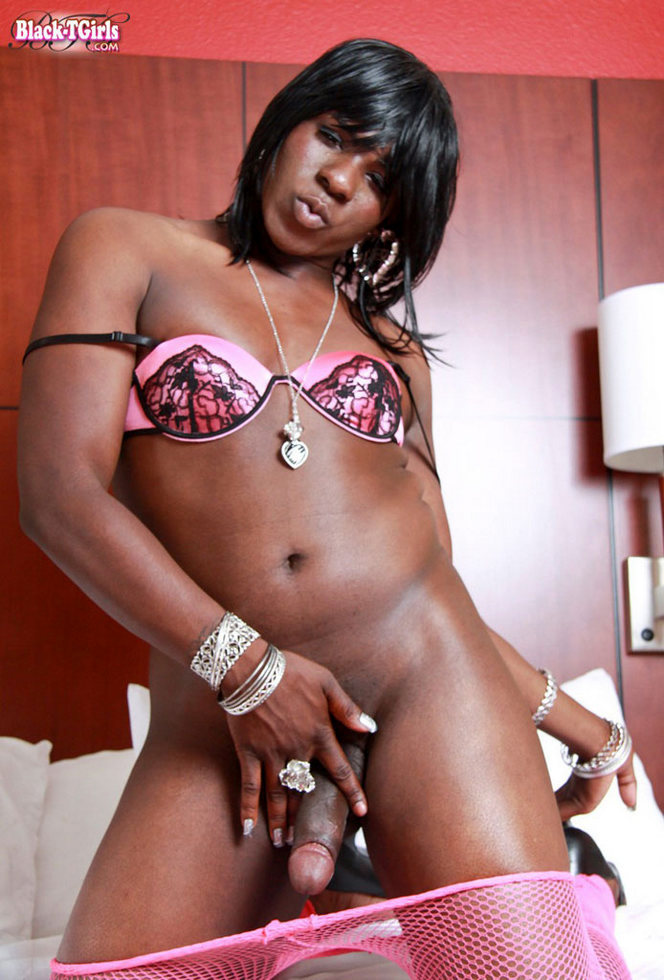 Black T-Girl Foxy