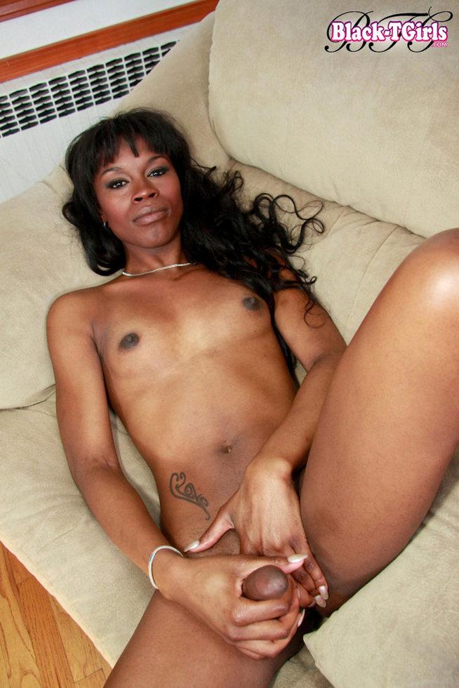 Black Tgirl Taryn Whittaker