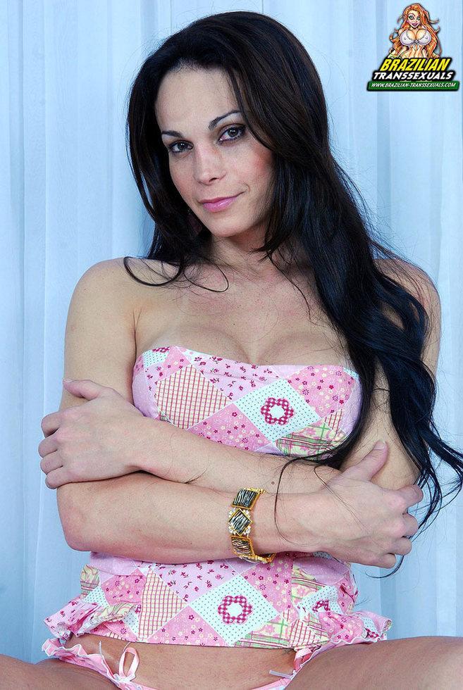 Brazilian Femboy Amanda Bergman