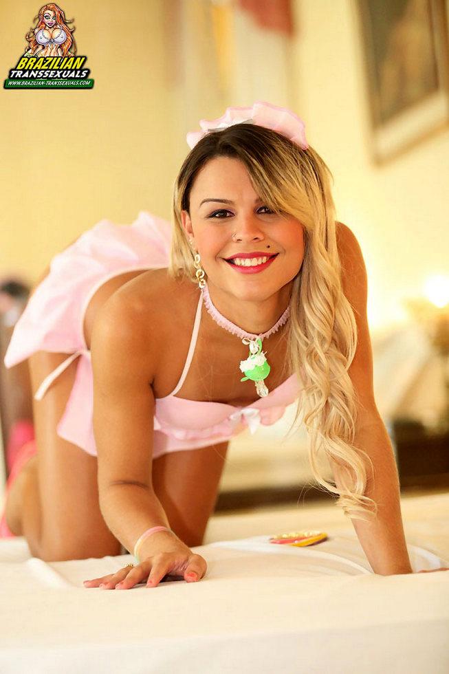 Brazilian Femboy Kezya Alexynha