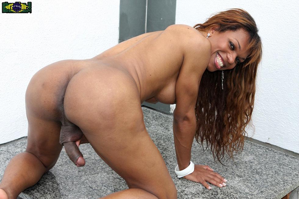 Brazilian Femboy Pamela Ferreira - Pamela