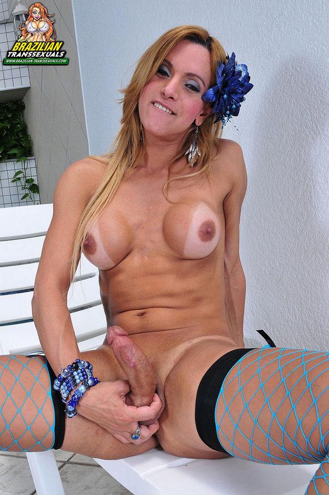 Brazilian T-Girl Adriella Vendraminy