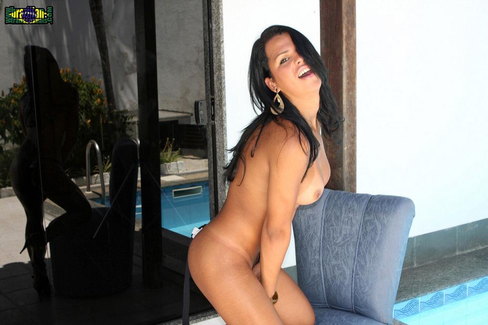 Brazilian T-Girl Alessandra Ribeiro