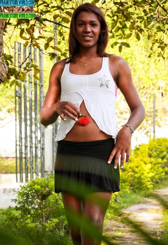 Brazilian T-Girl Flavia