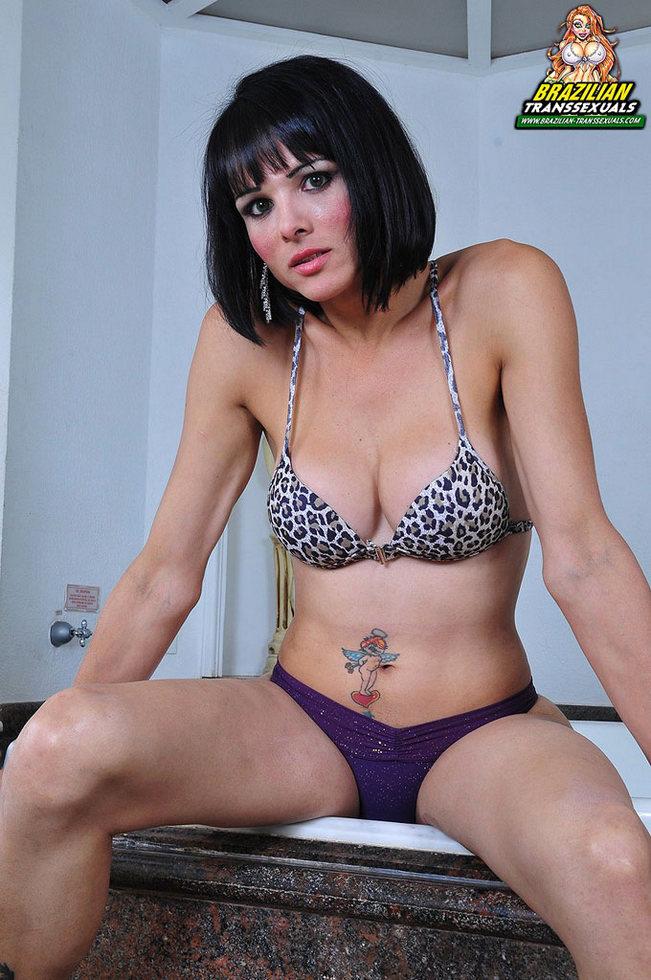 Brazilian T-Girl Gabryelly Dummond