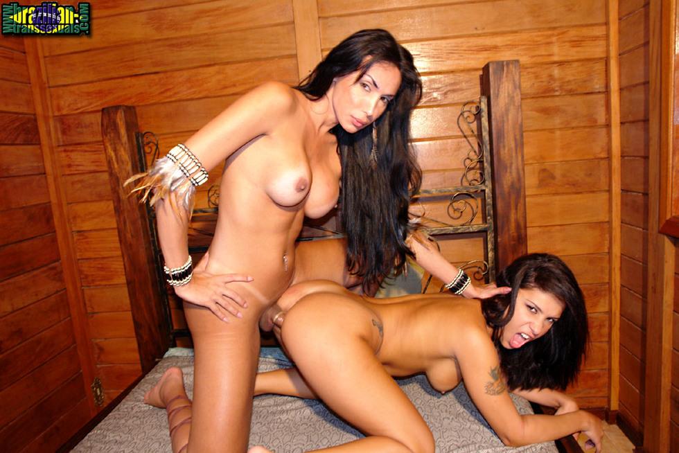 Brazilian T-Girl Isabely Frazao & Monica