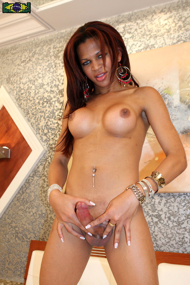 Brazilian T-Girl Sara Costa