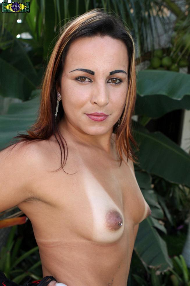 Brazilian Tgirl Thabata Piovany