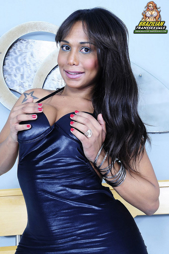 Brazilian Transexual Aline Stefanely