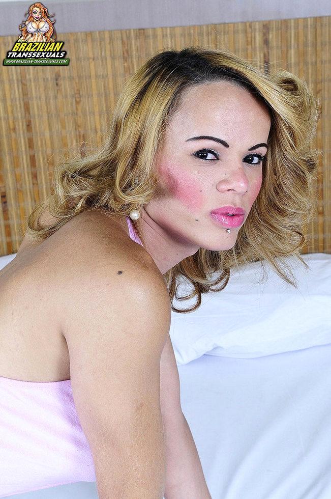 Brazilian Transexual Joyce Naturelli