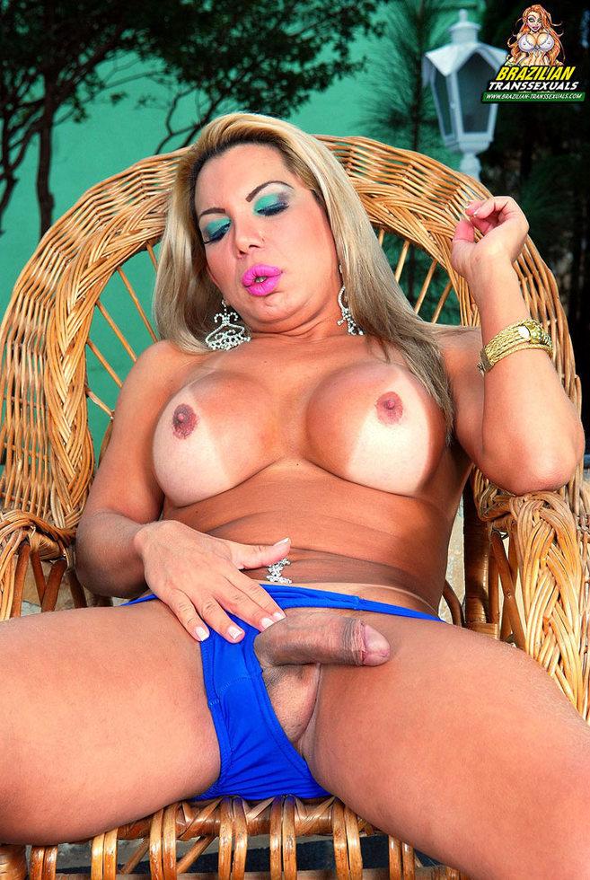 Brazilian Transexual Mel Gaucha