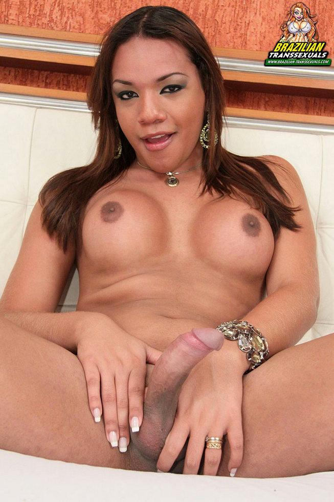 Brazilian Transexual Rebeka Trajano - Rebeka Trajano Naked