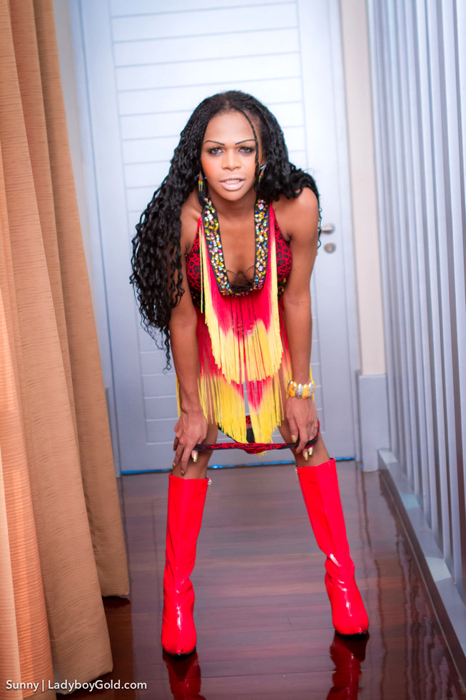 Brown Skinned Transexual Sunny