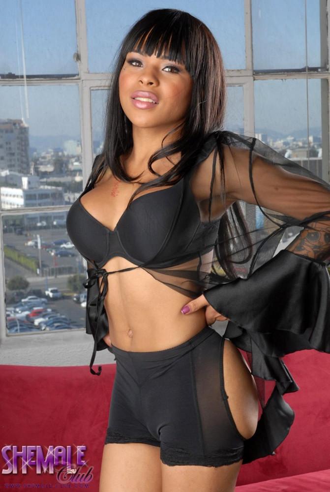 Ebony Femboy Nody Nadia