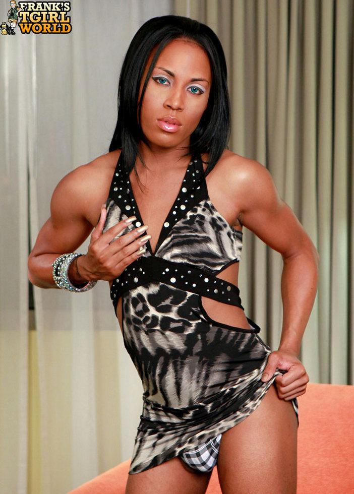 Ebony Ladyboy Kendra
