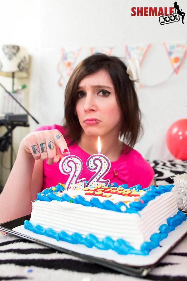 Femboy Ada Black Celebrates Her 22th Birthday
