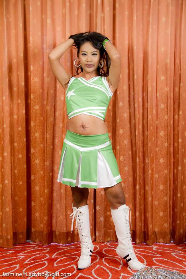 Hung Asian Shemale Jasmine