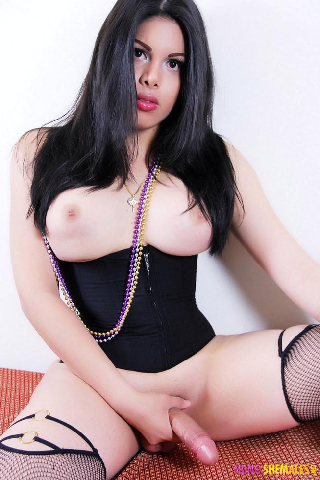 Hung Ladyboy Vivian Black