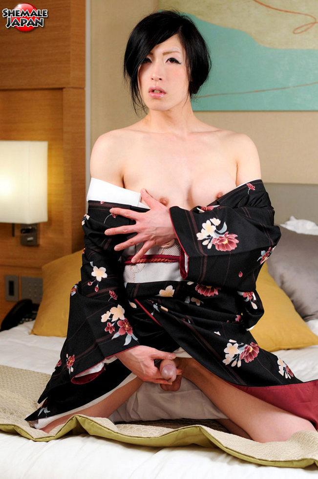 Japanese Ladyboy Renka