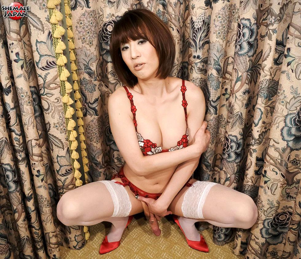 Japanese Ladyboy Yuuki Tominaga