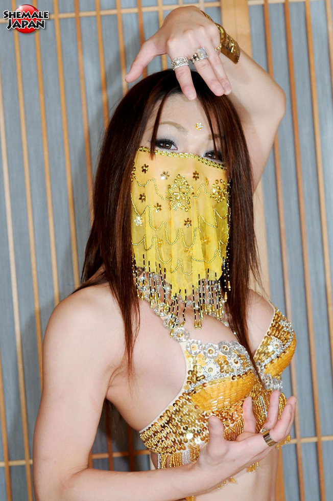 Japanese Tgirl Airi - Airi Arabic Dance