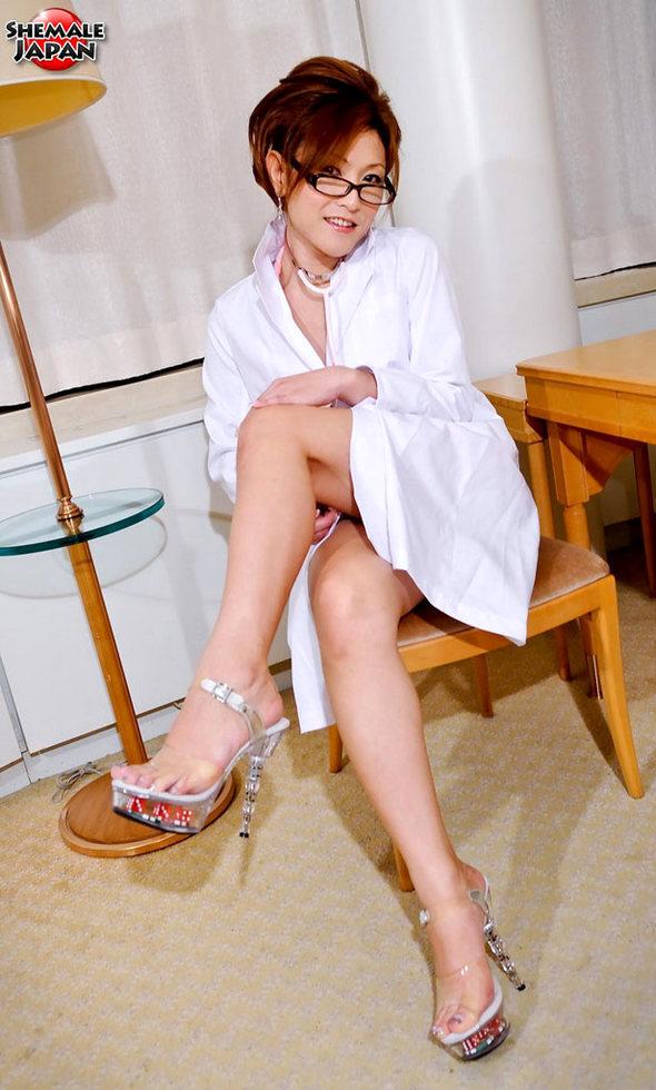 Japanese Tgirl DJ Mai