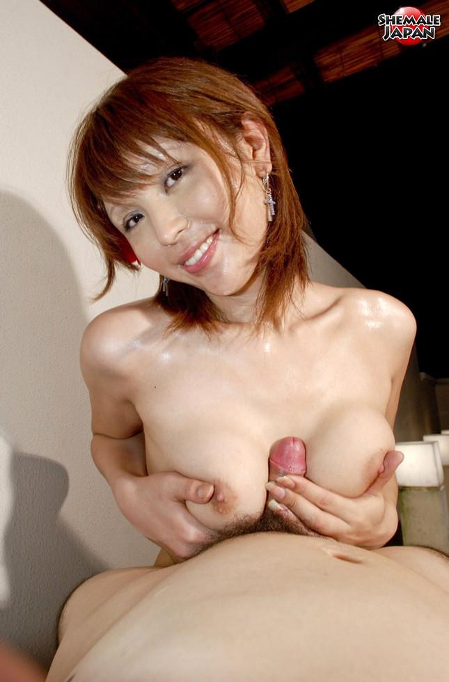 Japanese Tgirl Emiru - Emiru Bubble Bath N Blowjob