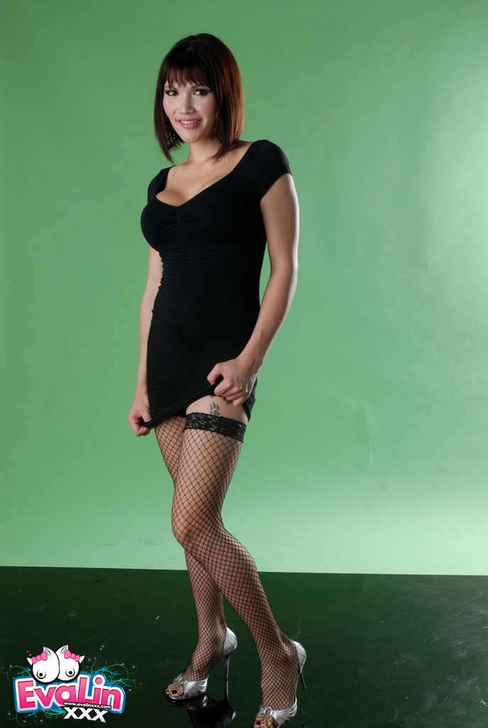 Ladyboy Eva Lin - Black Dress