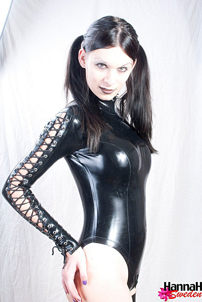 Ladyboy Hannah Sweden - Blackalatex