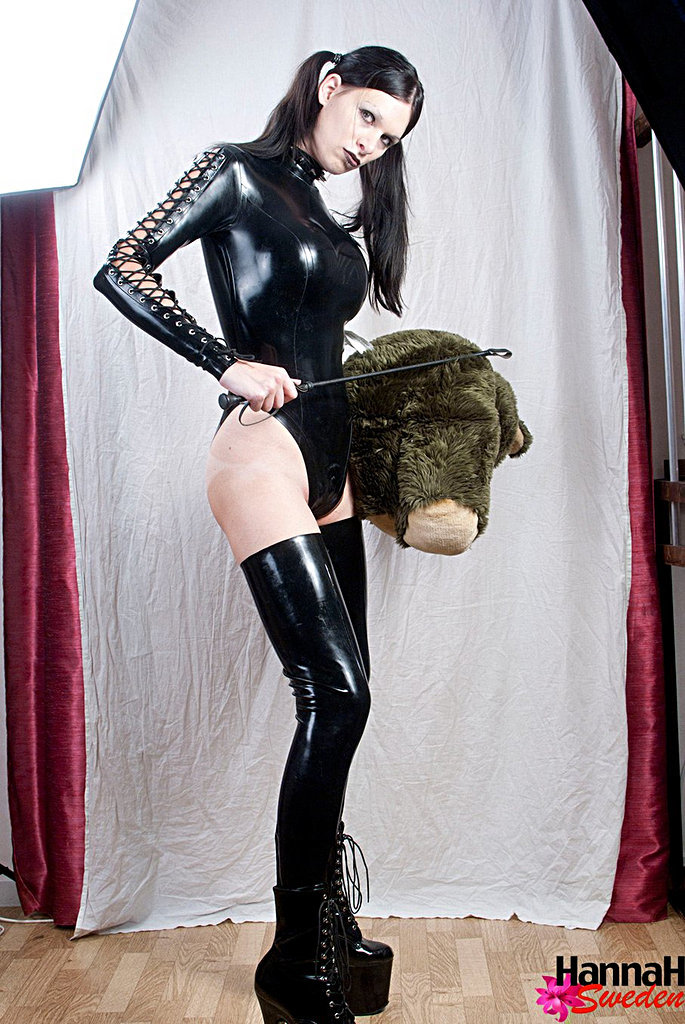 Ladyboy Hannah Sweden - Blackalatex