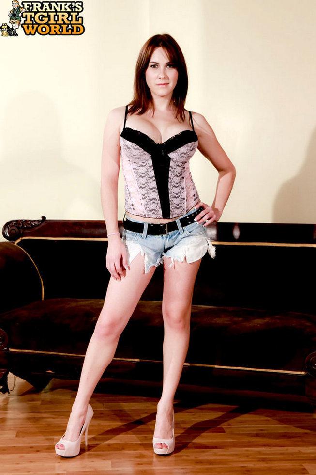 Ladyboy Superstar Hazel Tucker