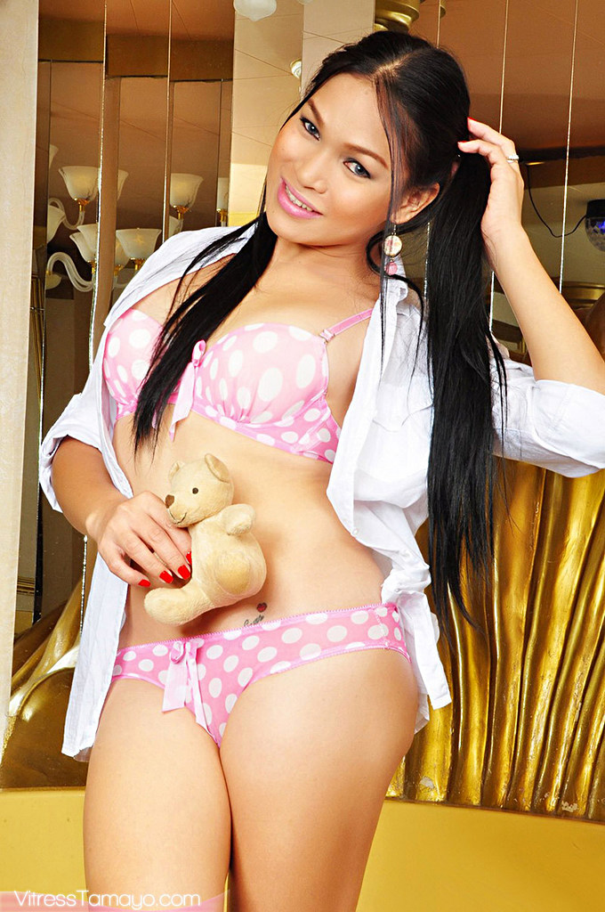 Ladyboy Vitress Tamayo - Pinkbath