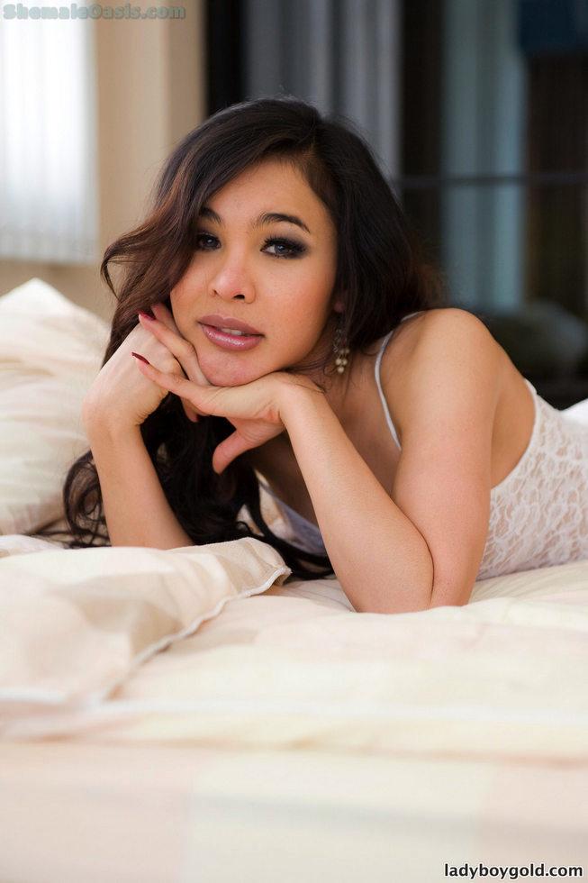 Pattaya Shemale Linda - Linda Classy Bitch