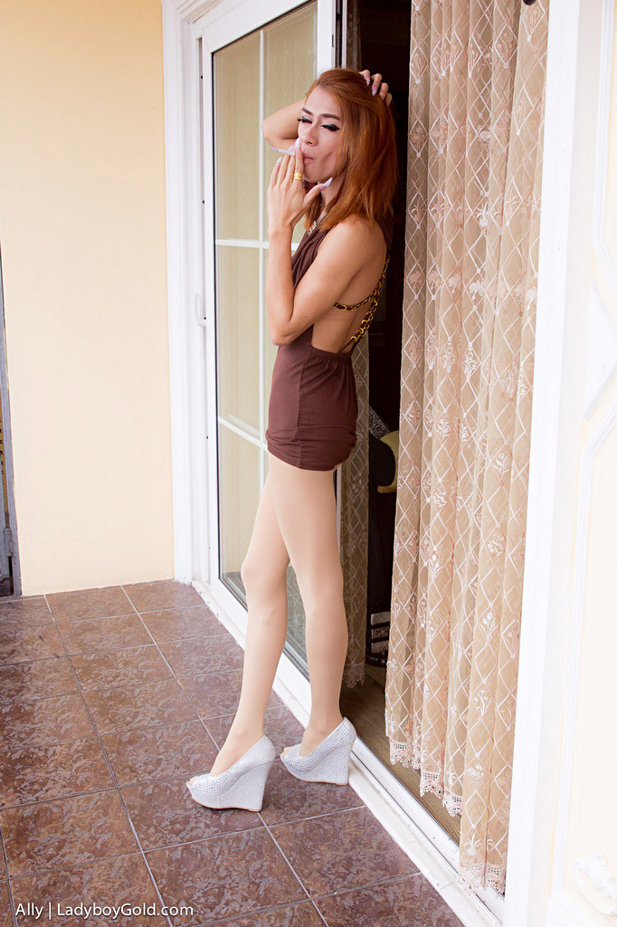 Pattaya Tgirl Ally - Ally Smokin Cocktail Pantyhose Sex Tfd