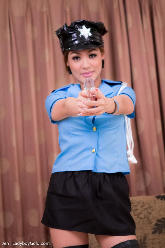 Pattaya Tgirl Jen - Jen The Naked Gun