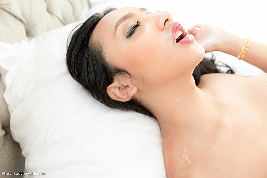 Pattaya Transexual Natty - Huge Cock Bare Back Facial Tfd
