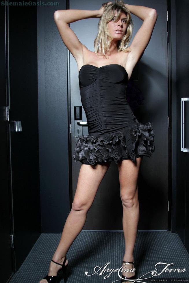 T-Girl Angelina Torres - Hallway