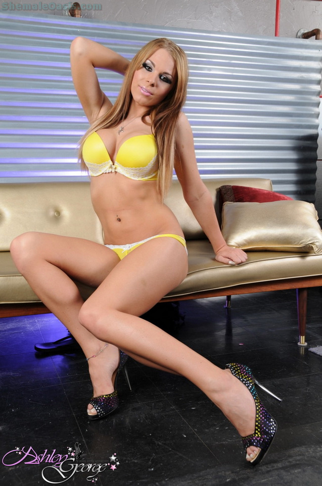 T-Girl Ashley George - Gorgeous In Yellow