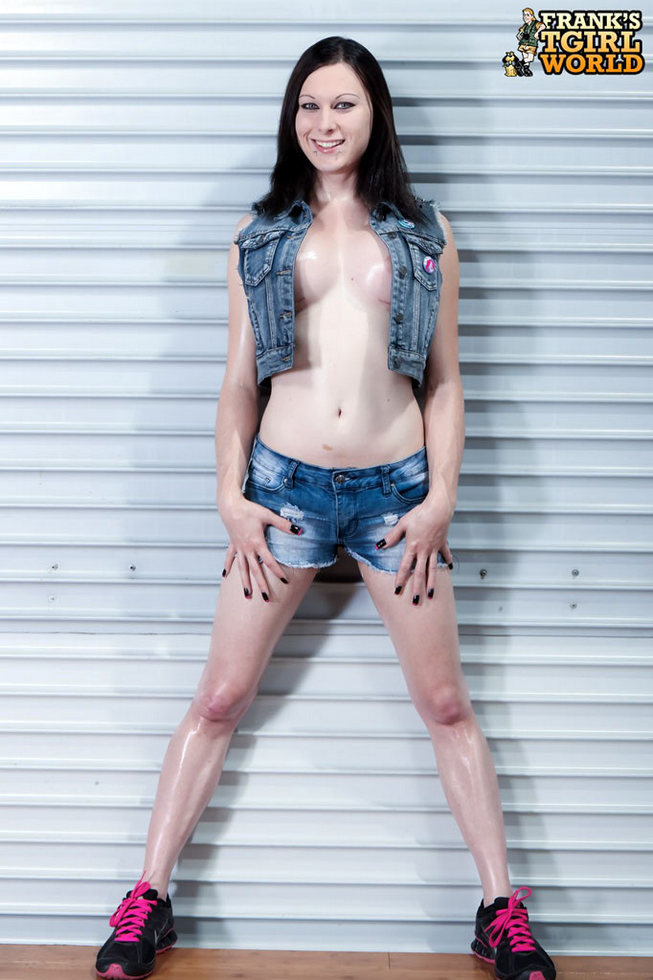 T-Girl Eva Cassini - Eva Cassini Killer Young Goth
