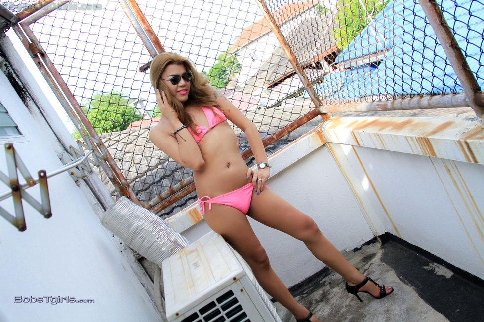 T-Girl Eva Cassini - Eva Pink Bikini