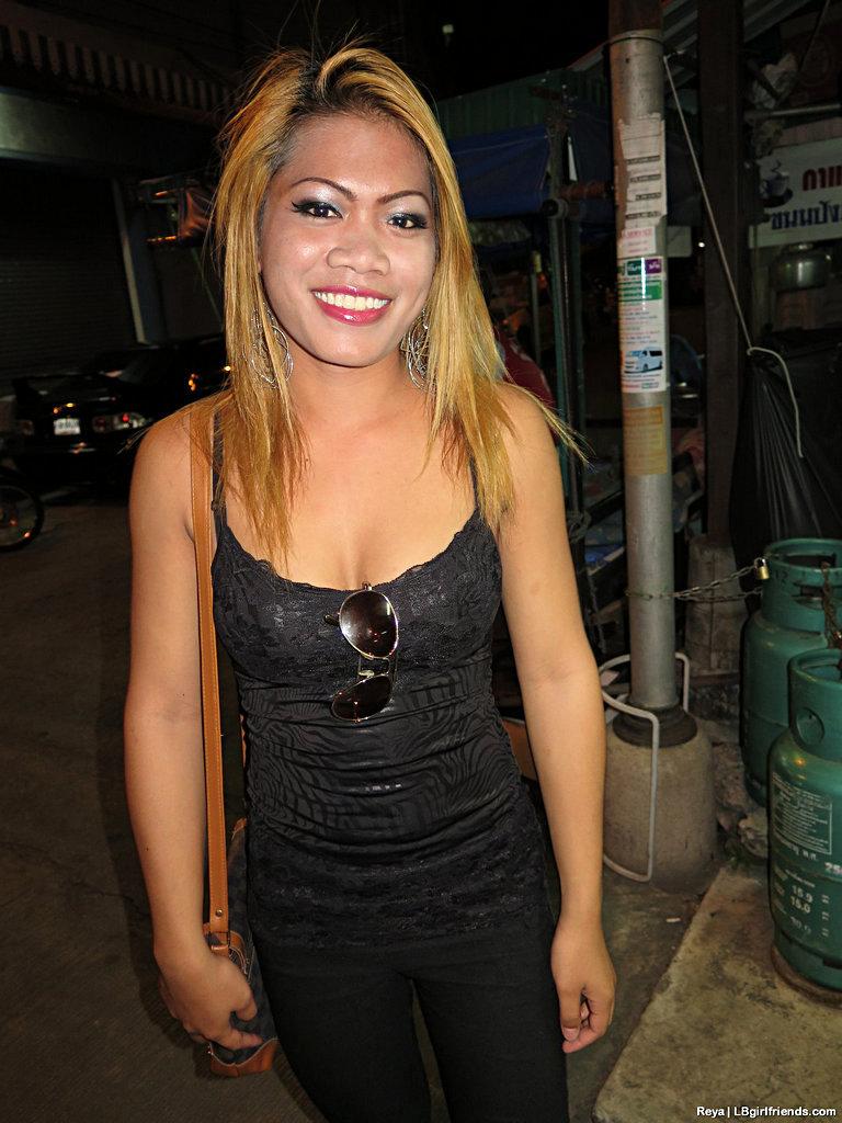 T-Girl EXGF Reya