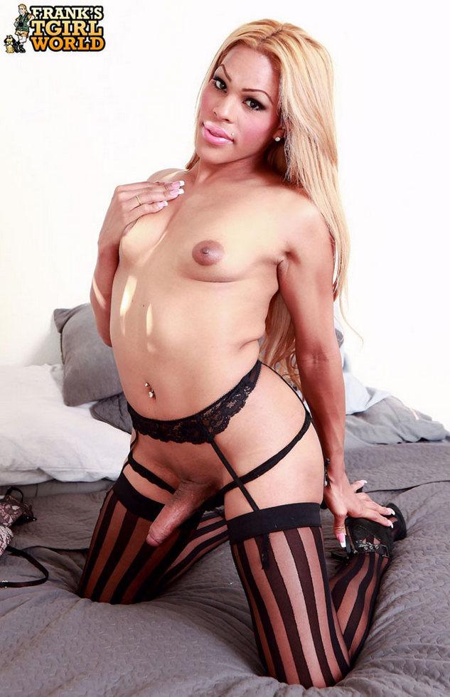 T-Girl Jenna - Jenna Stripped Stockings