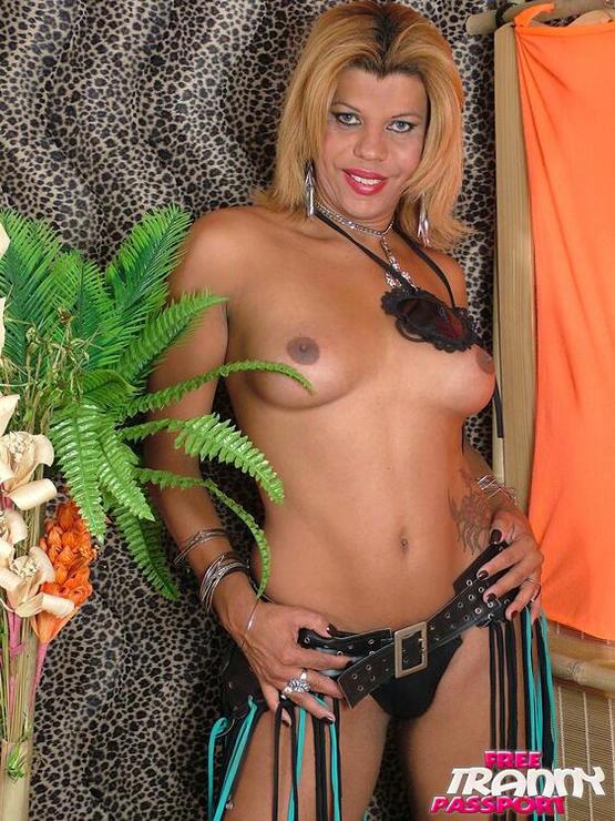 T-Girl Marcela Rios