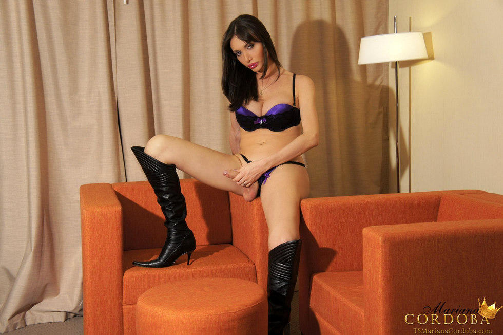 T-Girl Mariana Cordoba - Purple