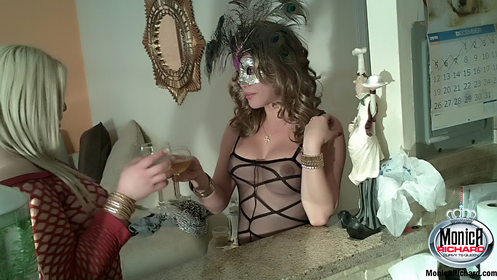 T-Girl Monica Richard - Shelesbian