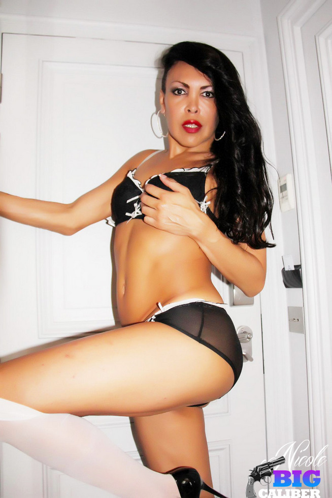 T-Girl Nicole BIG Caliber! - Blacklingerieparis
