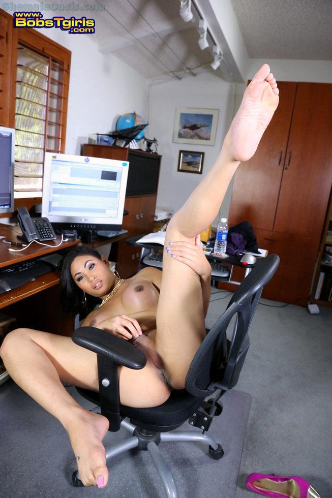 Tgirl Annalise Rose - Annalise Rose Office Temp